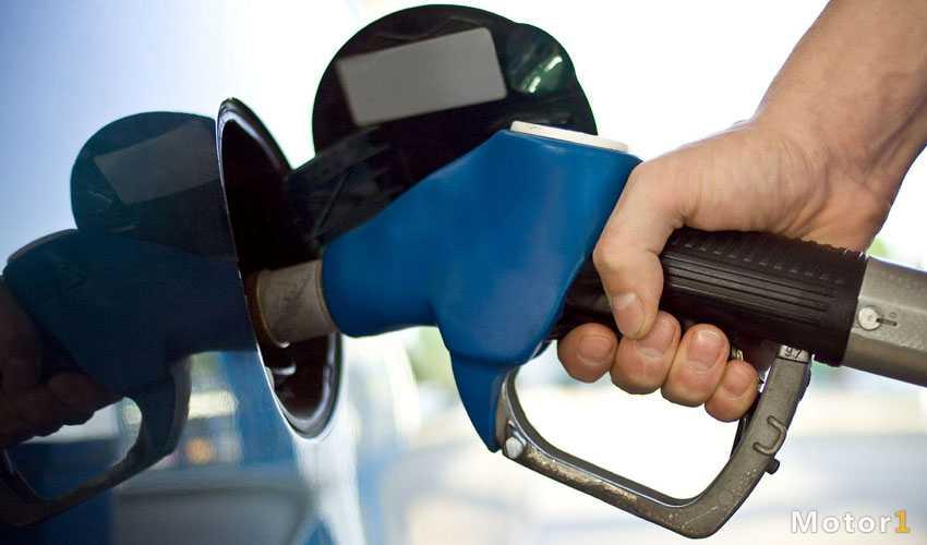 غلظت 3 برابری گوگرد بنزین در تهران
