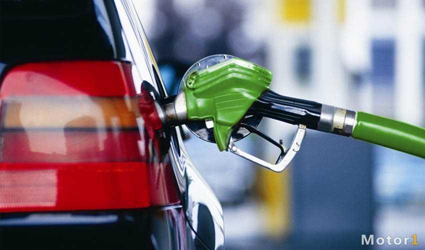 سهمیه بندی بنزین و قیمت جدید آن اعلام شد